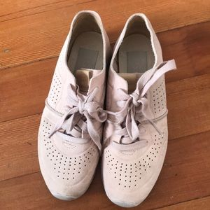 Ugg Treadlite sneakers in light pink size 5.5